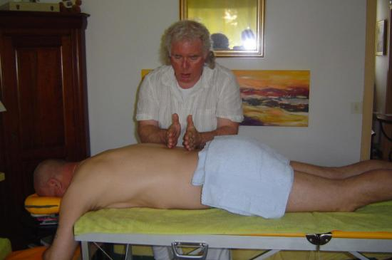 -Massage Californien à votre domicile